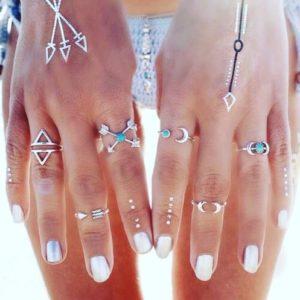 SADA PRSTEŇOV --> http://pozri.link/SET-PRSTENOV  Prekrásna sada 6 kusov prsteňov.. A za super cenu.  Ako sa vám páči takéto prstienky milé dámy?  Pozri čo som našiel na Aliexpress #thanksaliexpress #Pozri_čo_som_našiel_na_Aliexpress #SADA_PRSTENOV #dnesnosim #ootd #fashion #style #summer_vibes #summeiscalling #6pcs_rings #ethnic_rings #boho_ring_set #czechgirls #slovakgirl  #slovakfitgirls #slovak #czech #summer #holiday #hot #sexy #fashion #disco #love