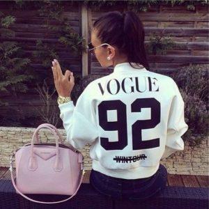 DÁMSKA JARNÁ BUNDA --> http://pozri.link/jarnabunda  Dámska jarná trendy bunda so štýlovým nápisom. V dvoch farebných prevedeniach a za super cenu. (y) 💃 Ako sa vám páči takáto bunda milé dámy?  #women_fashion #women_jacket #women_spring_jacket #dnesnosim #fashion #fashionstyle #fashionkilla #outfitoftheday #outfit #wdywt #ootd #hype #style #streetwear #streetstyle #streetsnaps #clothing #lookbook #slovakgirl #czechgirl #slovakia #czechrepublic #beauty #moda #styl