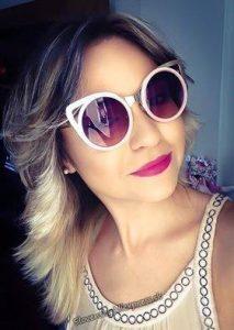 Prikladame Vam kladnu recenziu na extravagantne slnecne okuliare, ktore boli extremne rychlo dodane a su spicove :)  Odkaz: http://aliexpr.es/1fhAxxN
