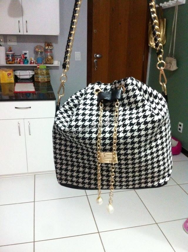 ★★★★★ Super kabelka ★★★★★  Odkaz: http://aliexpr.es/1E05rpW  Komunikativny predajca, kabelka vyzera presne ako na obrazku :) Zatial je vsetko v poriadku snad vydrzi nosit tu moju hromadu veci :)