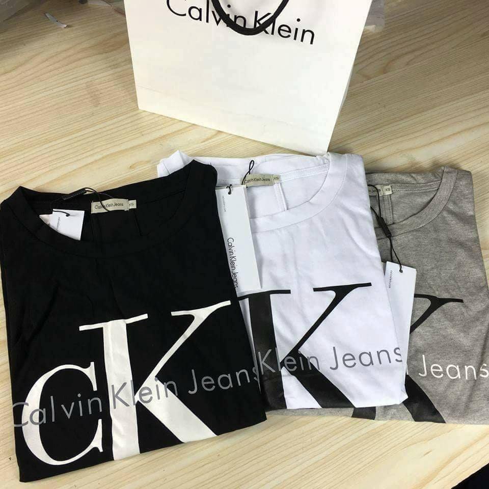 8112689f7 Damske tricko Calvin Klein > http://ali.pub/1g033k Ako vybrat velkost:  Podla tabulky v detailoch produktu Ako vybrat farbu: 9901-biele, 9902-cierne  s bielym ...